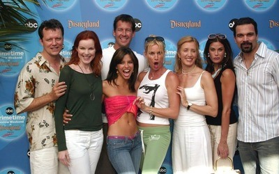 /trending/desperate-housewives-the-drama-didnt-stop-just-because-filming-did/img/desperatehousewives01_MobileImageSizeReigNN.jpg