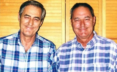 /trending/the-uncanny-jim-twins-reunited-after-39-years/img/JimTwins01_MobileImageSizeReigNN.jpg
