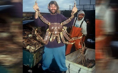 /trending/what-really-happens-when-the-cameras-stop-rolling-on-deadliest-catch/img/DeadliestCatch07_MobileImageSizeReigNN.jpg